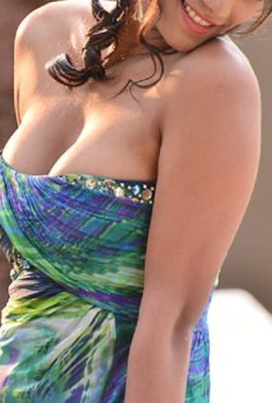 Hi Profile Independent Indian Escorts in Sharjah +971527566292